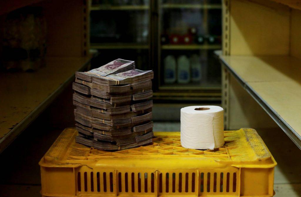 Venezuela money food 4