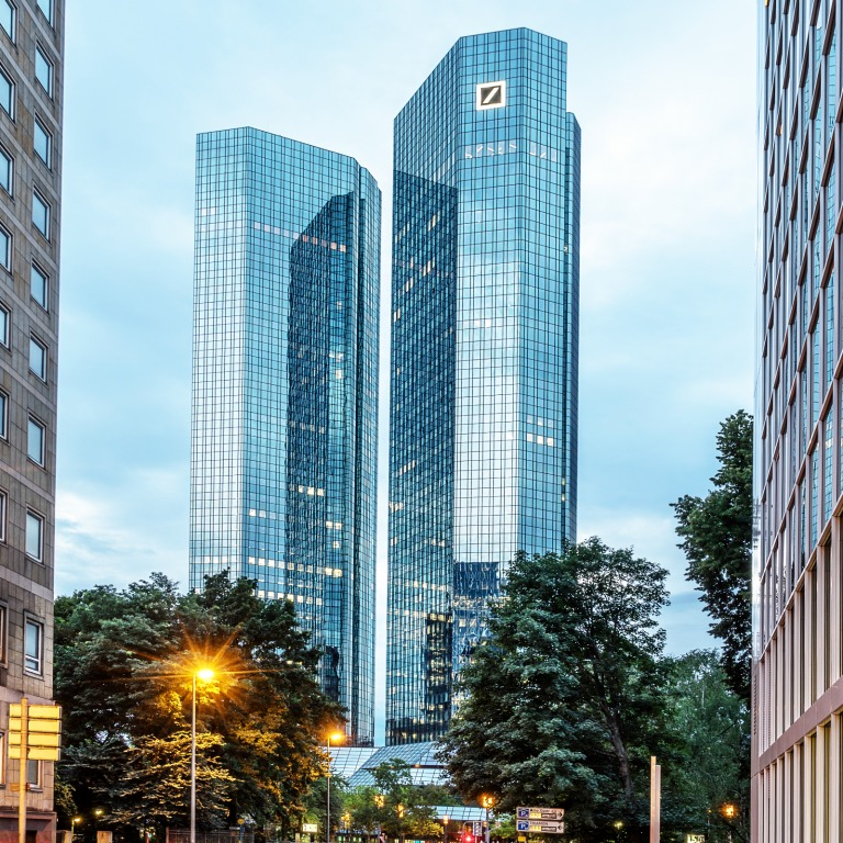 Deutsche Bank Headquarters Raided by 170 Police Officers Over Money Laundering 11