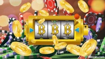 bitcoin poker 768x432 1