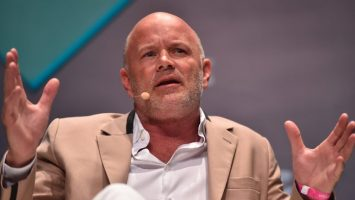 9 trillion vs 100 trillion billionaire mike novogratz asks which cryptocurrency will win the payments race 768x432 1