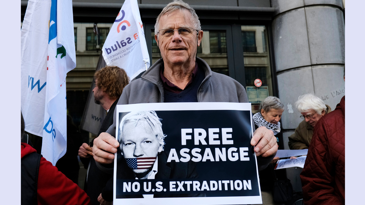 UK Judge Rejects US Extradition Requests for Julian Assange, Wikileaks Holds $800K in Crypto