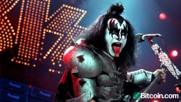rock legend gene simmons talks bitcoin musician believes china is behind the ripple lawsuit dollars are based on nothing 1 768x432 1
